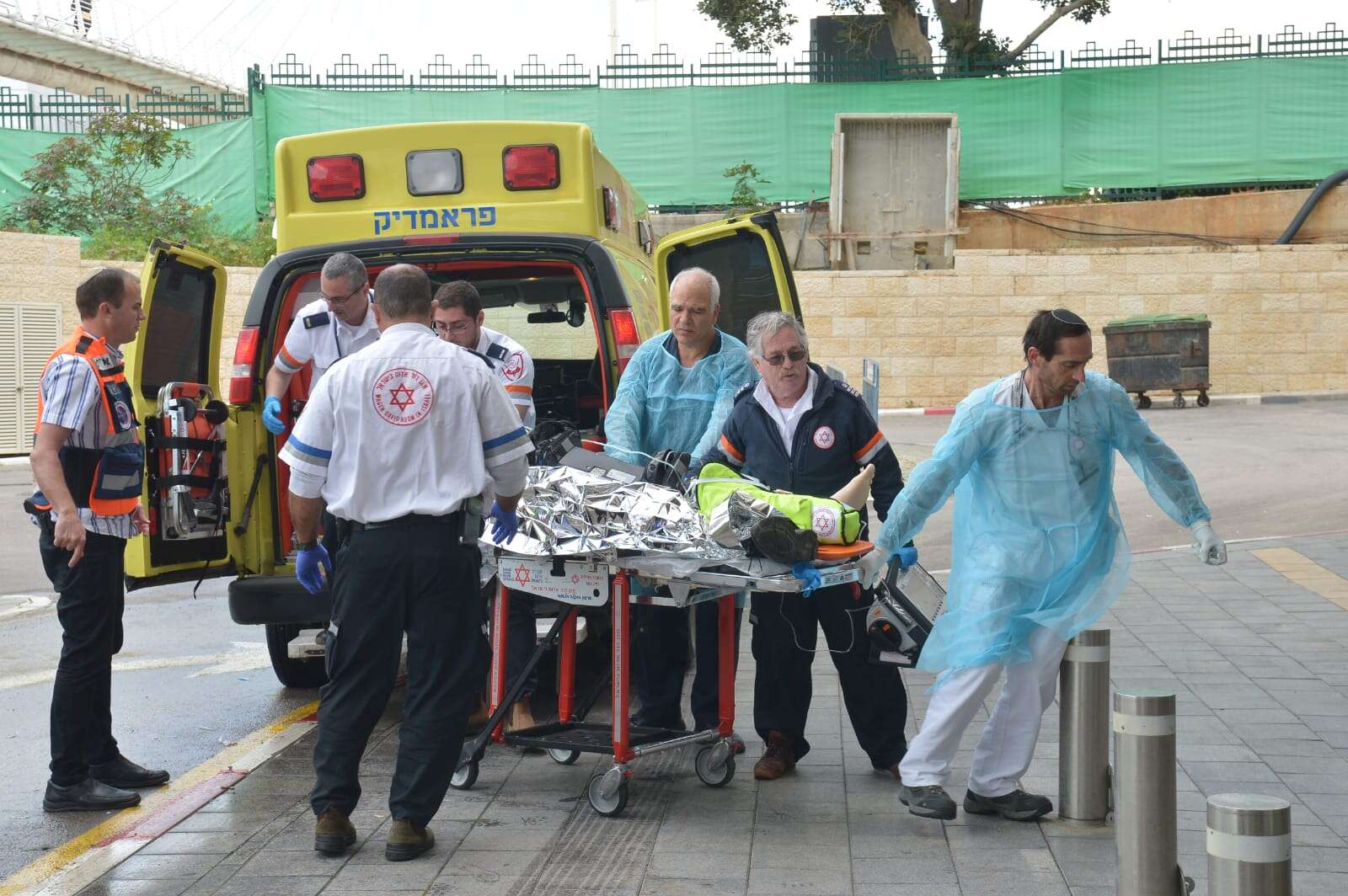 1 dead, 2 seriously wounded in terrorist attack near Ariel - www