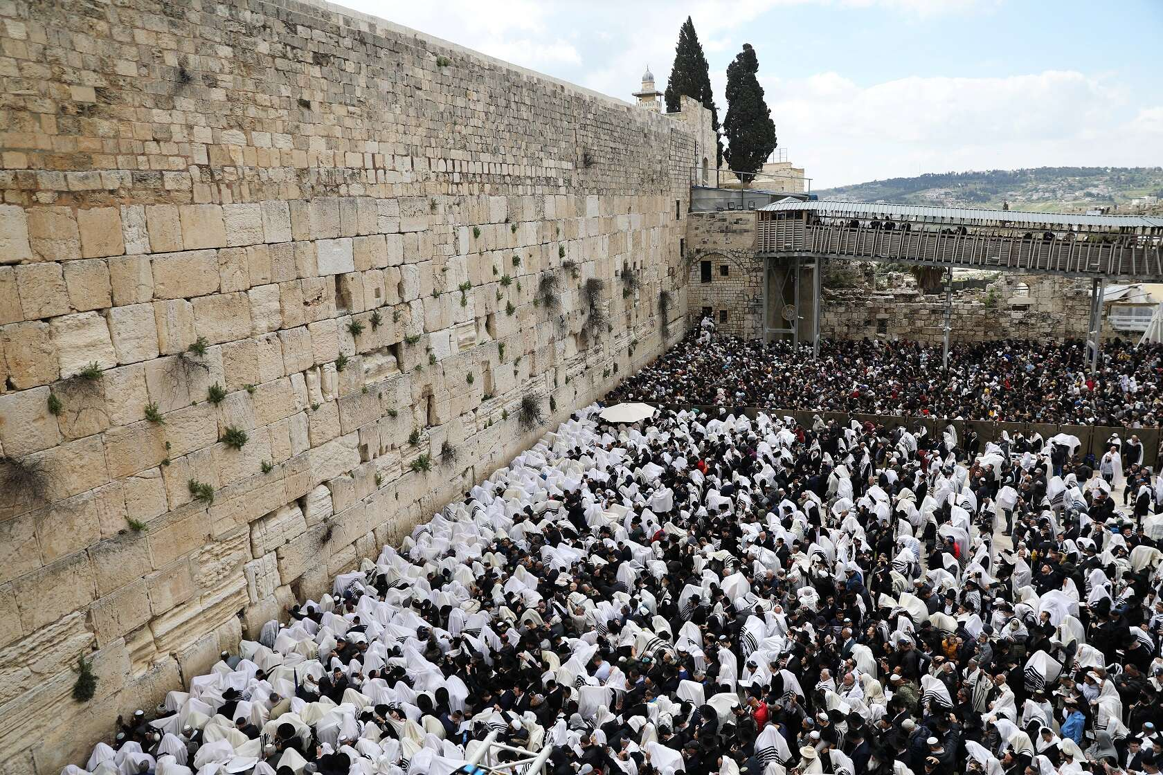 Thousands Gather At Western Wall For Passover Priestly Blessing