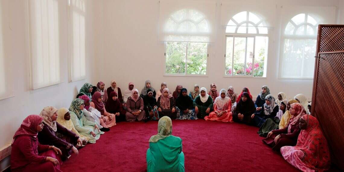 Morocco trains foreign students in practice of moderate Islam