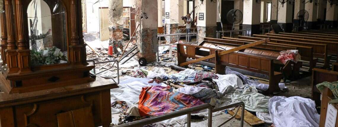 Explosions kill at least 190 in Sri Lanka on Easter Sunday
