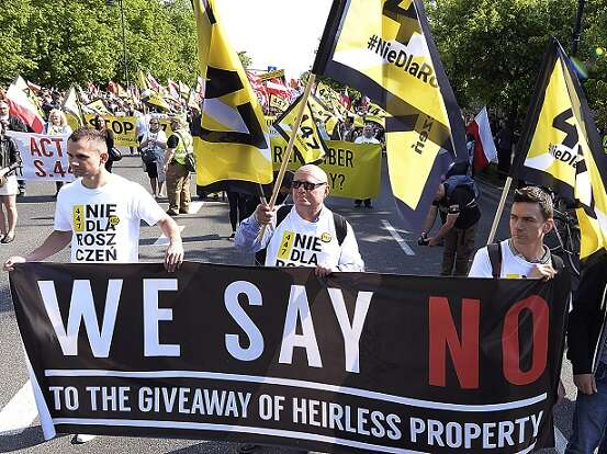Its Not Just Demonstrators Saying >> Nationalist Poles Protest Restitution Of Jewish Property Www