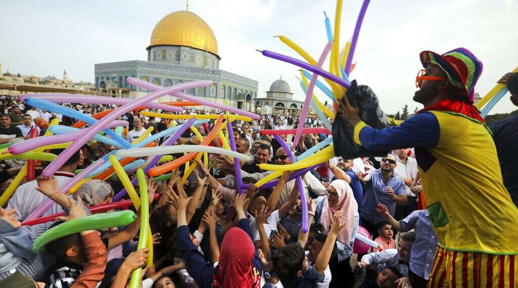 Moon Sightings, Politics Play A Part In Muslim Holiday