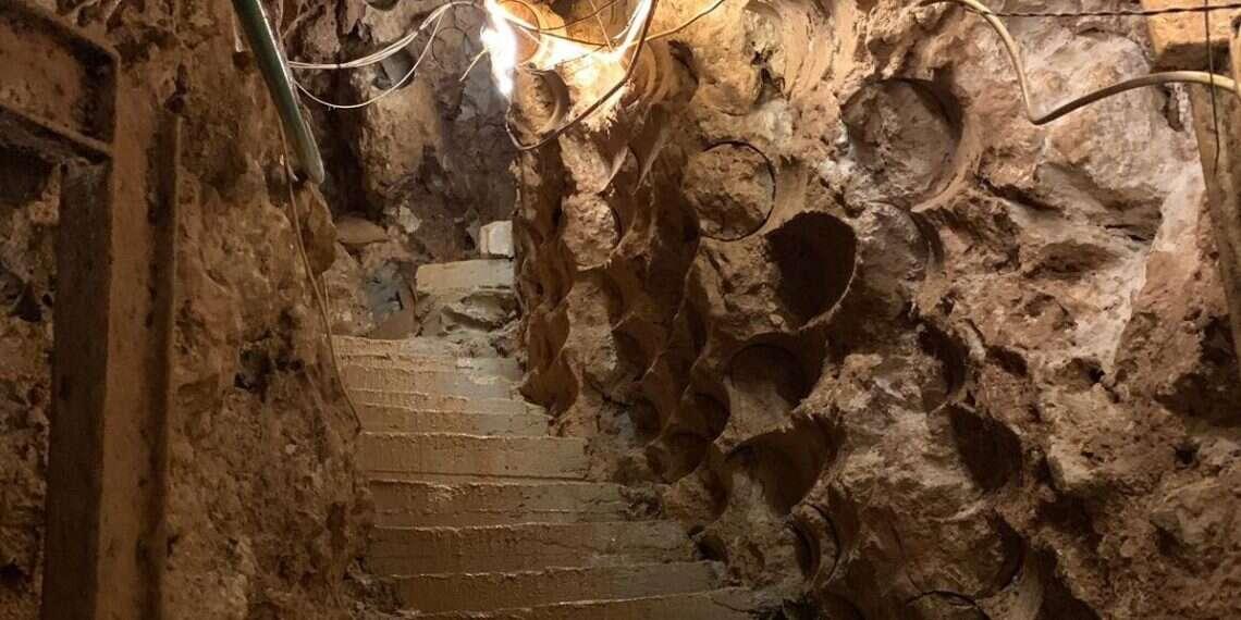 IDF begins work on underground defense system for northern border - www.israelhayom.com