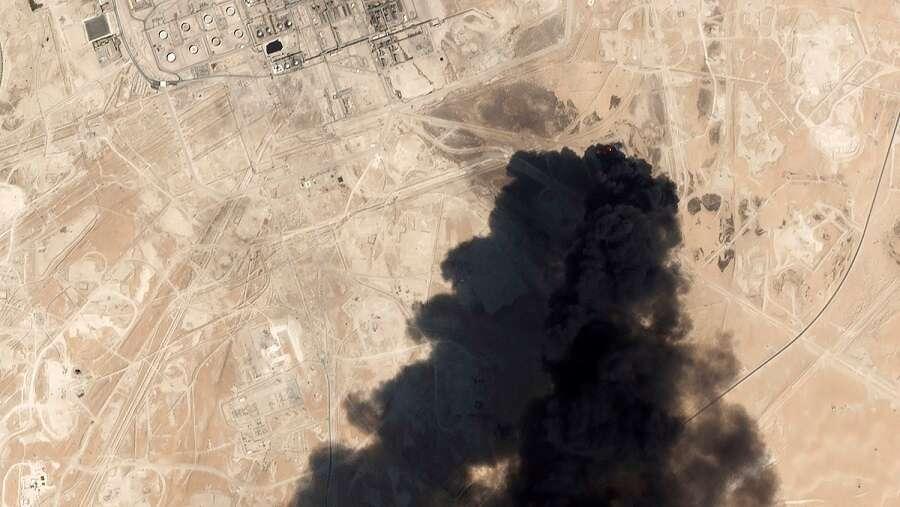 Iran: Republic ready for 'full-fledged war'