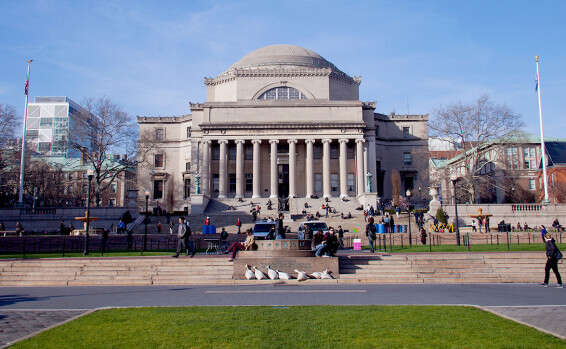 Students at Columbia University pass resolution supporting BDS movement