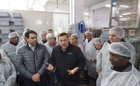 Dozens of UN envoys tour Samaria for first time