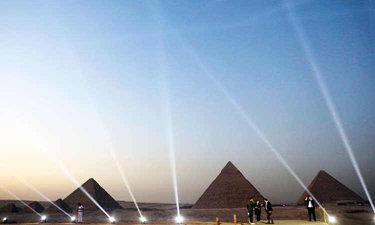 世界首個金字塔露天餐廳 飽覽獨一無二景觀