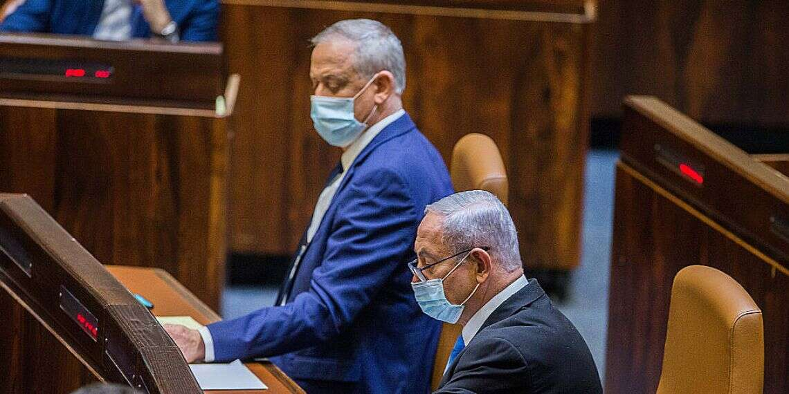 Early election bill enters final stages as compromise eludes coalition