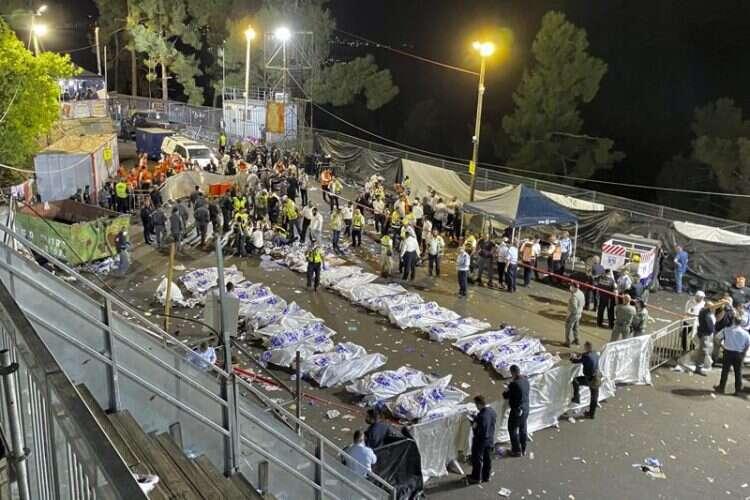 מירון האסון הכי גדול בישראל מאז הקמת המדינה 44 מתים 150פצועים בהם 23 קשה ילדים נמצחו למוות-אך המשטרה אפשרה כניסה ל 250000   800-8-750x500